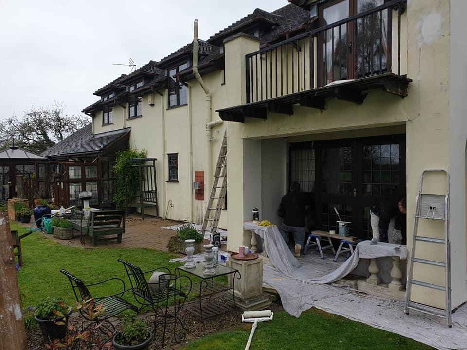 exterior painting cwmbran